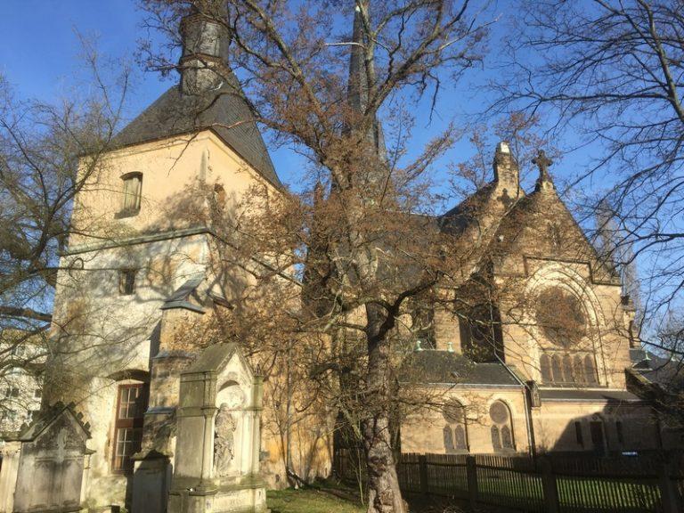 Kirchenführungen in der Himmelfahrtskirche Dresden-Leuben