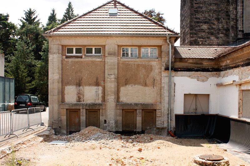 SFBD Dresden-Tolkewitz Krematorium Abbruch des Anbaus und Wiederherstellung der Fassade